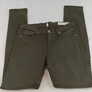 Rag & Bone Olive Green skinny jeans size 28